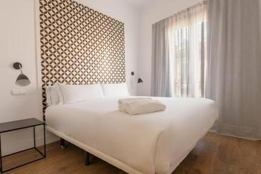 B&B Apartamentos Madrid Fuencarral 46
