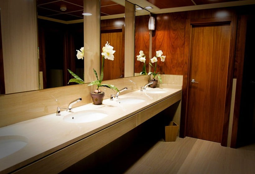 Bathroom فندق Abba Centrum Alicante أليكانتي