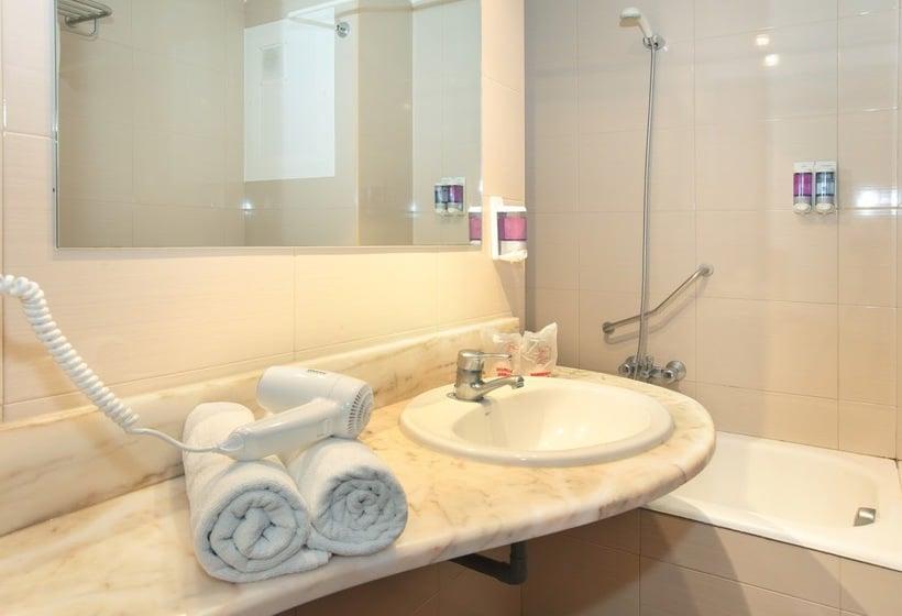Cuarto de baño Hotel Brasil Benidorm