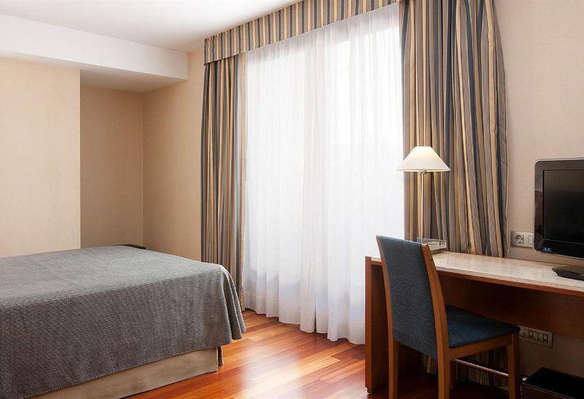 Habitación Hotel NH Rambla de Alicante