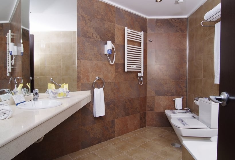 Bathroom فندق Sandos Mónaco Beach & Spa - Adults Only بينيدورم