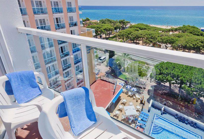 Terraza Hotel Cartagonova Malgrat de Mar