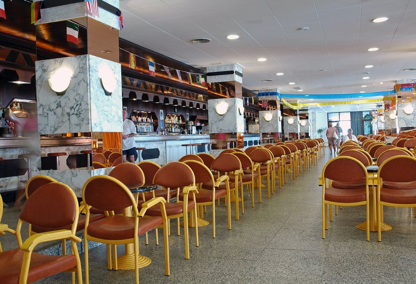 Cafeteria Hotel H Top Olympic Calella