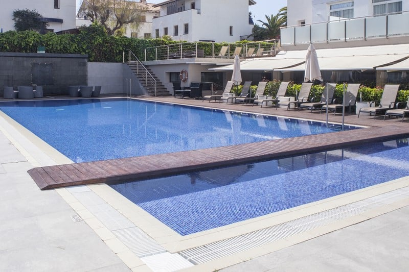 Swimming pool Hotel Ibersol Antemare Spa Sitges