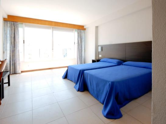 Room Hotel Safari Gandia
