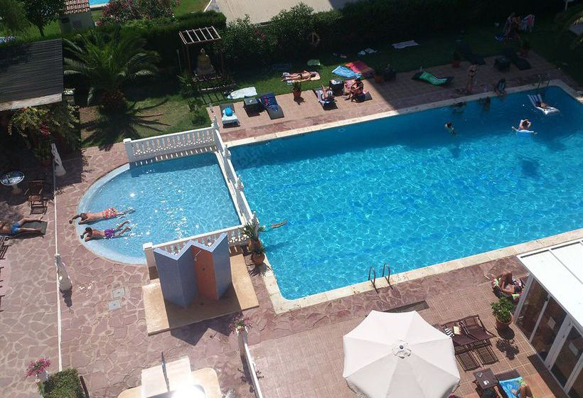 H tel montreal benicasim partir de 24 destinia for Club piscine montreal locations