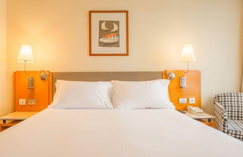 호텔 NH Atlántico 라코루냐