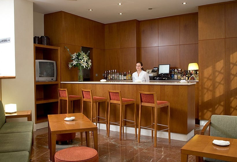 Cafeteria Hotel NH Córdoba Califa Cordoba