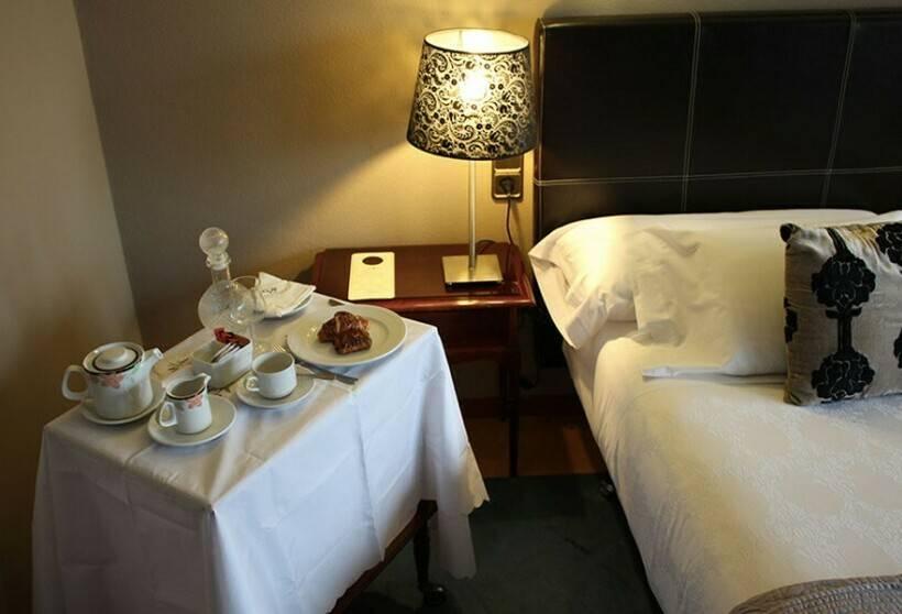 Quarto Hotel Ciudad de Vigo