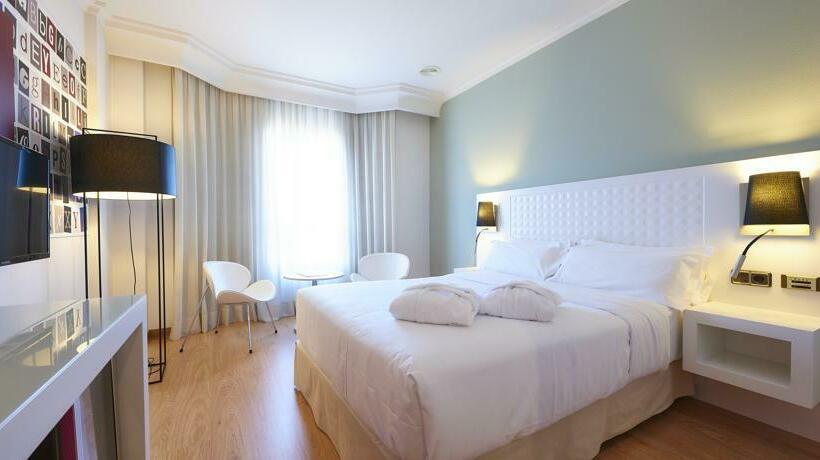 Zimmer Hotel Tryp Vigo los Galeones