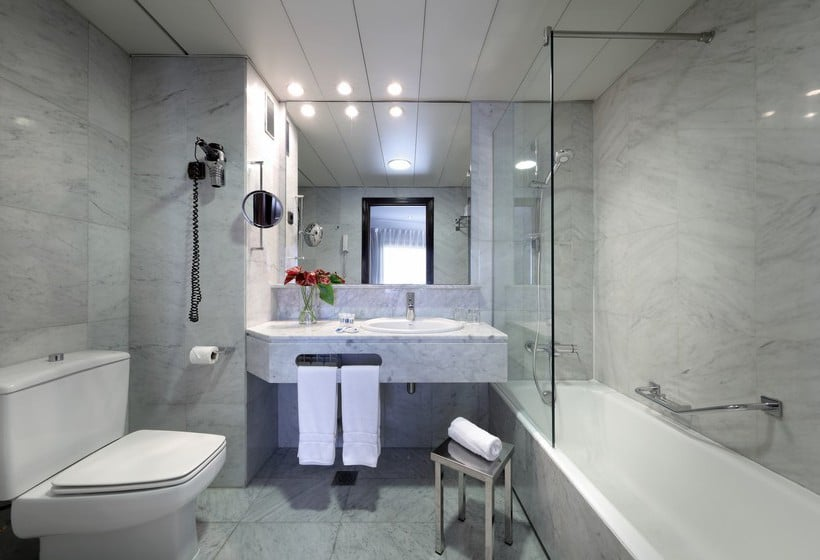 Badezimmer Hotel Via Castellana Madrid