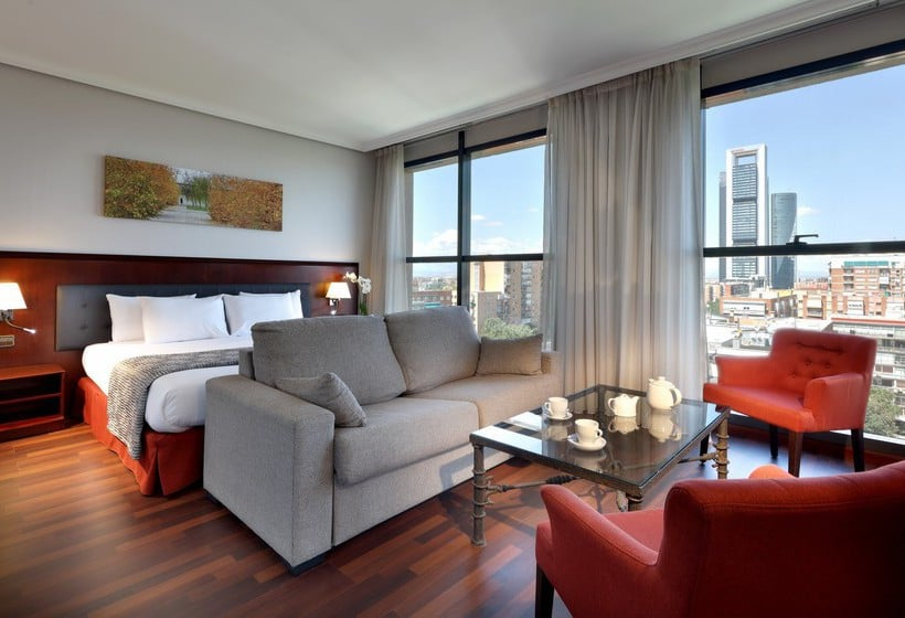 Room Hotel Via Castellana Madrid