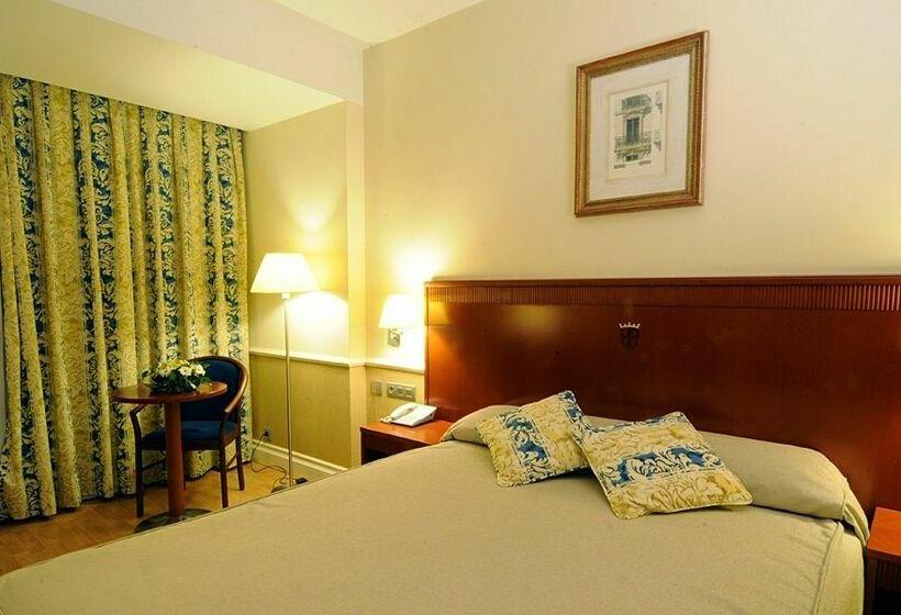 Room Hotel Alfonso VIII Soria