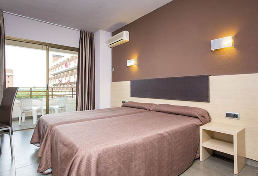 Quarto Hotel California Garden Salou