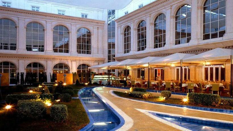 外部 ホテル Silken Al-Andalus Palace セビリア