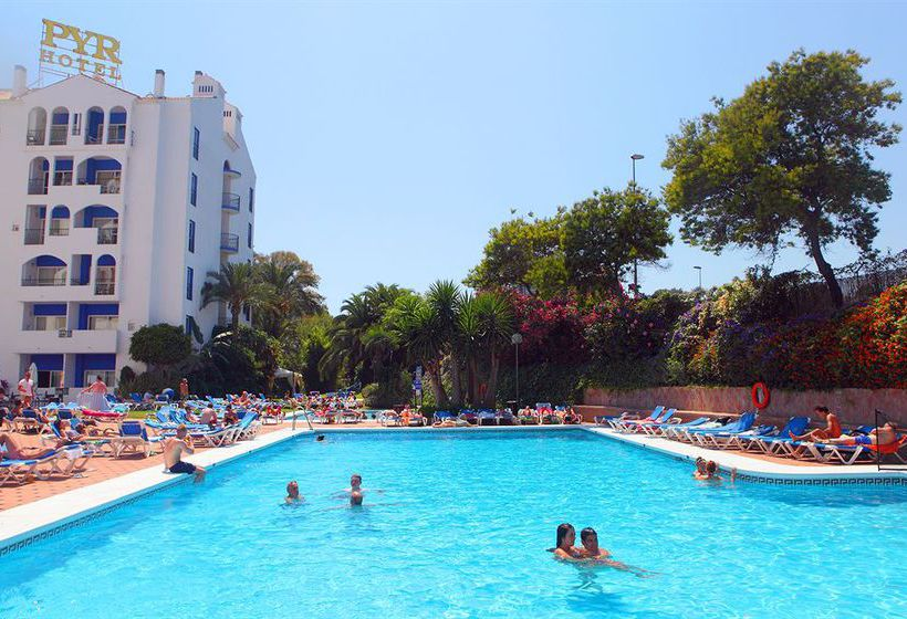 Swimming pool Aparthotel PYR Marbella
