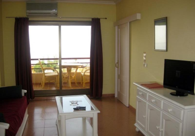 Room Aparthotel Aguadulce