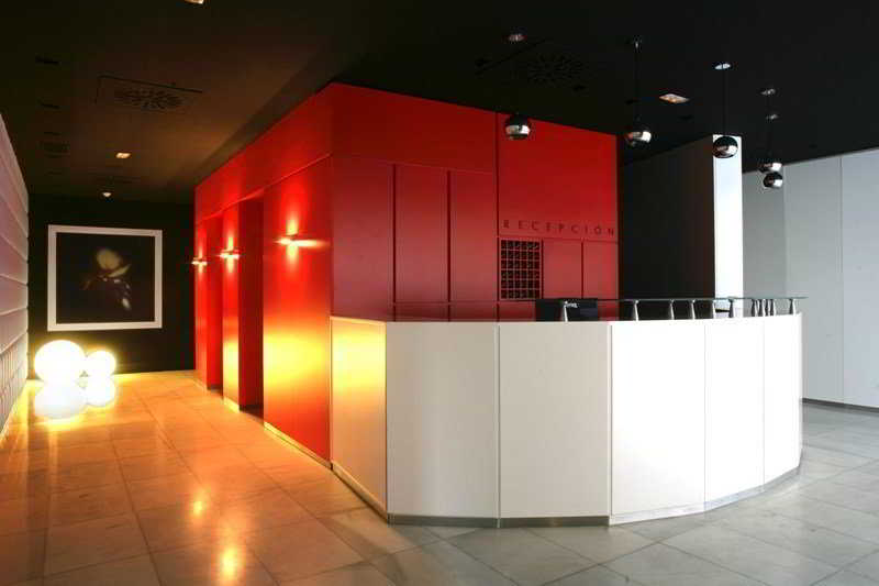 Reception Aparthotel Quo Eraso Madrid