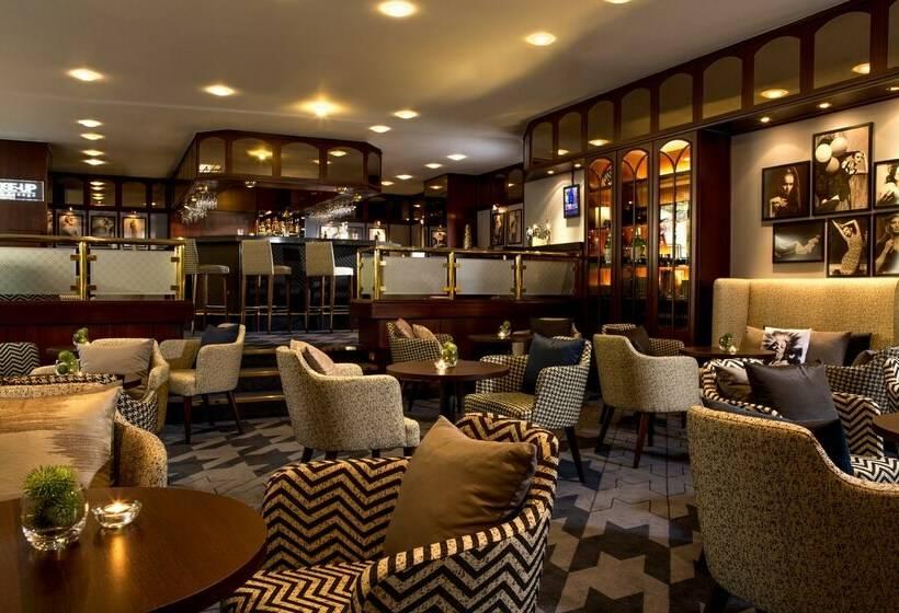 Cafeteria Hotel Renaissance Duesseldorf