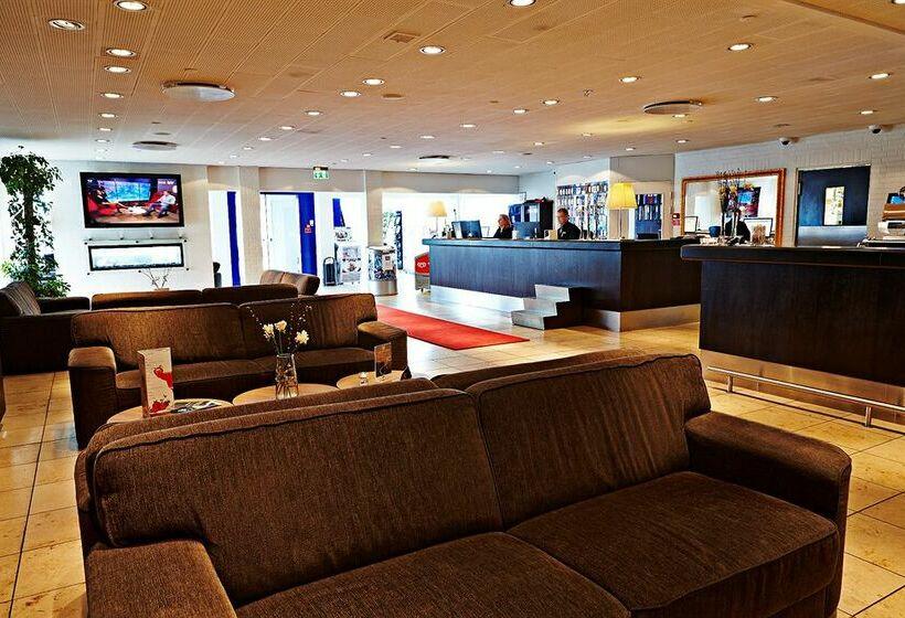 ホテル Svanen ビルン