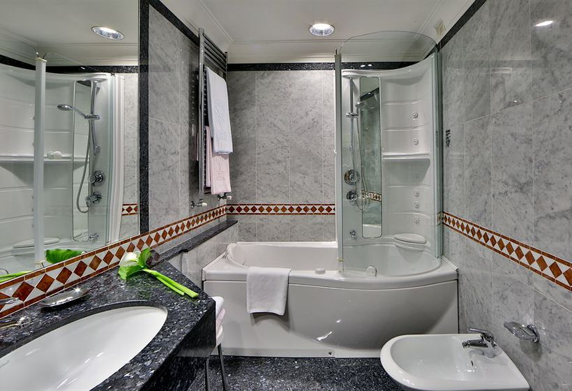 Bathroom Best Western Grand Hotel Adriatico Florence