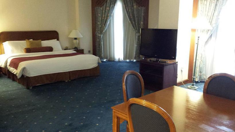 Quarto Hotel Safir International Kuwait