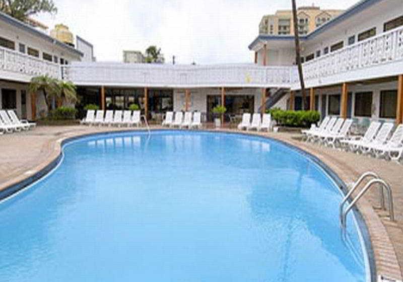 Hotel Travelodge Monaco N Miami  U0026 Sunny Isles Beach  Sunny