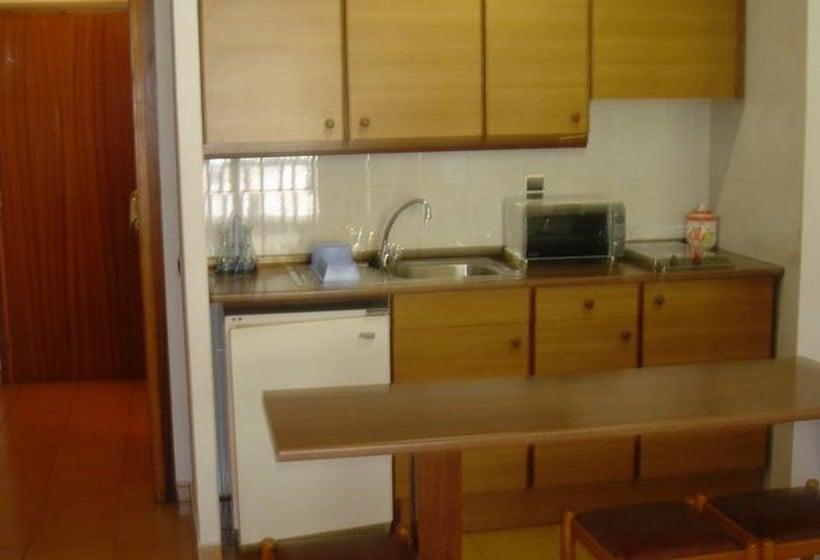 Cucina Aparthotel l\'Orri Parrocchia di Encamp