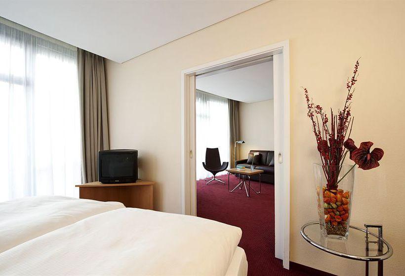 ホテル NH Muenchen Unterhaching