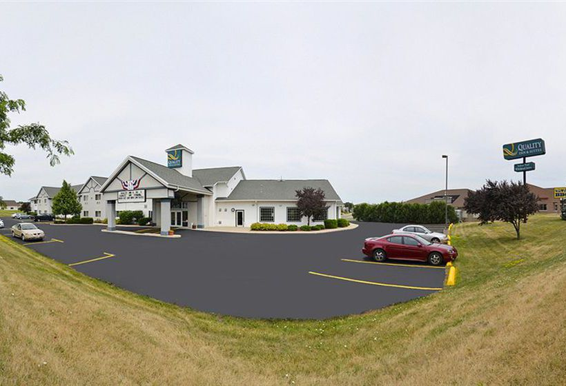 호텔 Quality Inn & Suites Stoughton