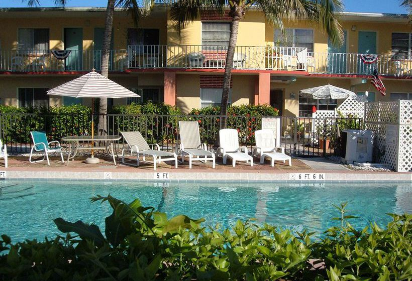 Hideaway Waterfront Resort & Hotel Cape Coral