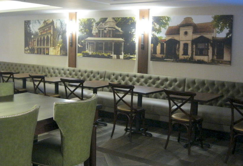 فندق Holiday Inn New Ulm