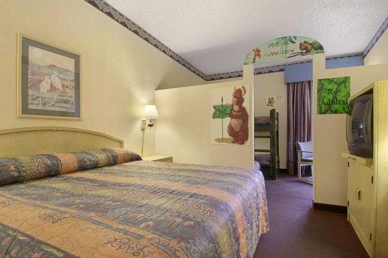 Resort Magnuson Grand Hotel Maingate West Kissimmee