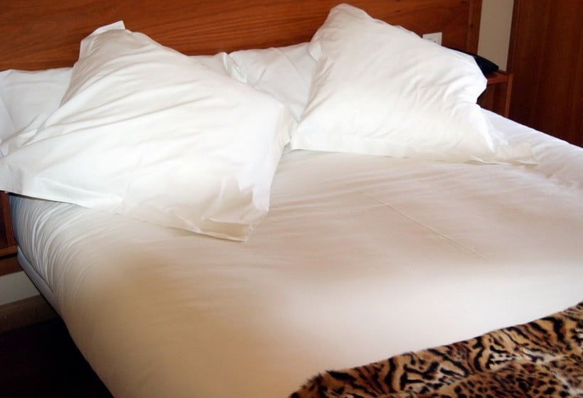 Quarto Hotel El Retiro de Cardea Oviedo