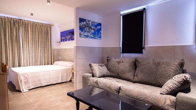 Room El Puerto Ibiza Town