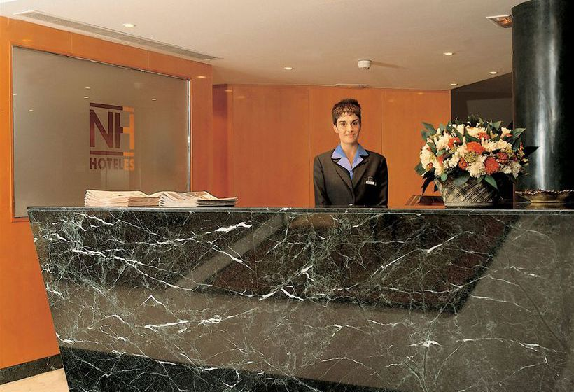 Recepción Hotel Leonardo Madrid City Center