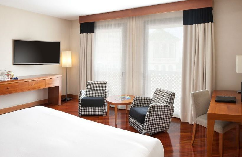 Camera Hotel NH Málaga Malaga