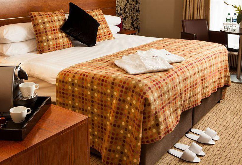 Mercure Leeds Parkway Hotel