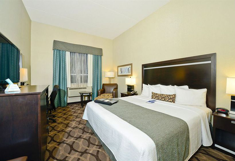 Best Western Plus Travel Hotel Toronto Airport تورونتو