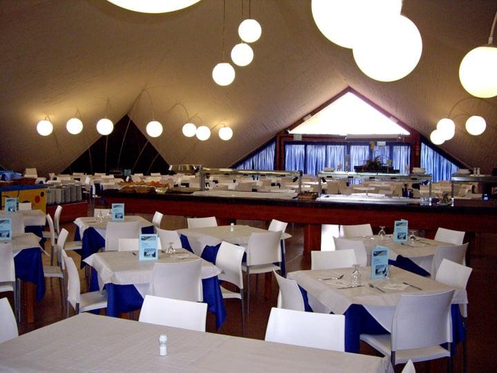 레스토랑 Complejo Eurhostal Alcocéber