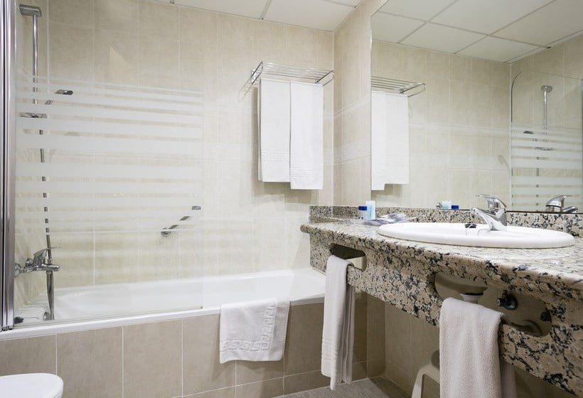 Bathroom فندق Best Oasis Tropical موخاكار