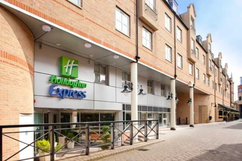 호텔 Holiday Inn Express London Hammersmith 런던