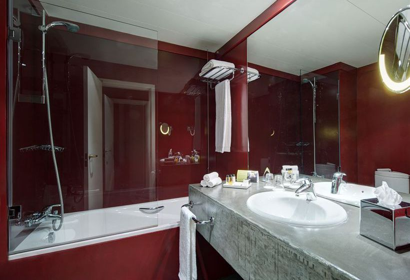 Bathroom فندق Tivoli Oriente لشبونة