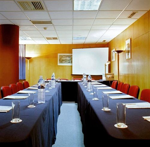قاعات مؤتمرات VIP Executive Eden Aparthotel لشبونة