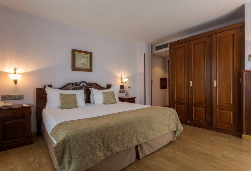 Chambre Hôtel Ayre Alfonso II Oviedo