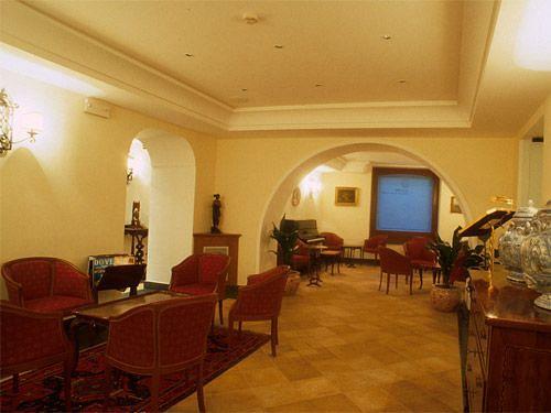 Hotel Real Orto Botánico Neapel