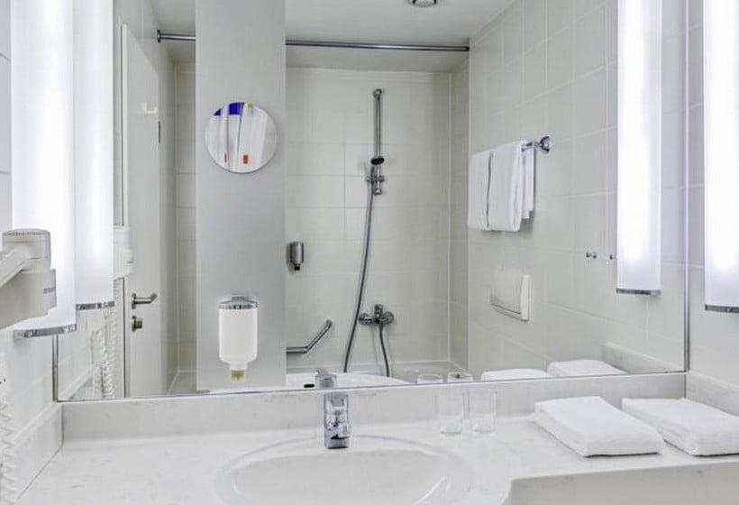 Casa de banho Hotel Park Inn By Radisson Dresden