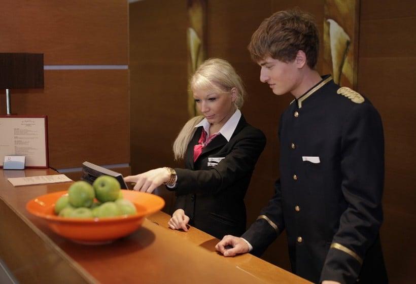 Front desk PK Ilmarine Hotel  Tallinn