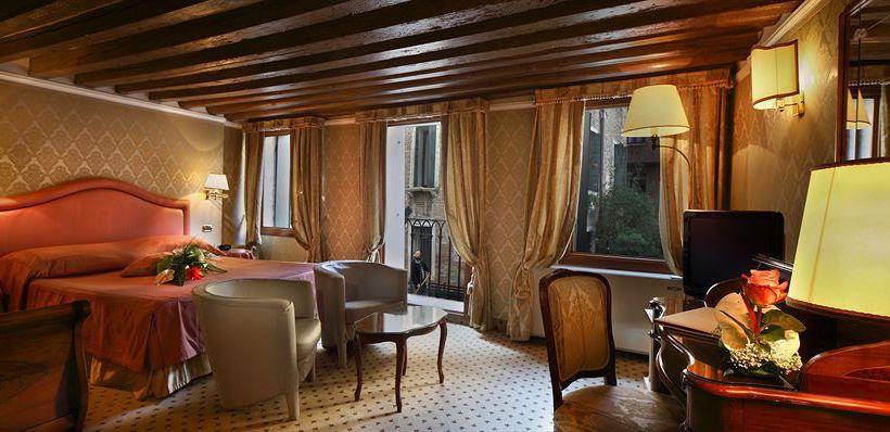 فندق Colombina البندقية