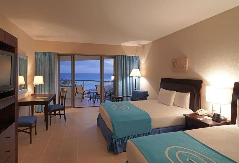 ホテル Iberostar Cancún  カンクン